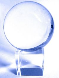 Une représentation possible d'un palantír, qui a l'aspect d'une boule de cristal.