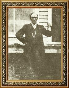 Alexis Lapointe dit le Trotteur vers 1917 © Société historique du Saguenay