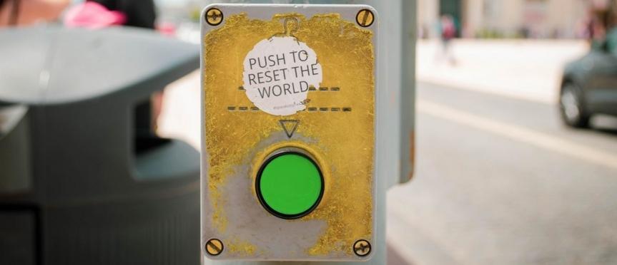 COVID-19 — Les Globalistes préparent la Grande Réinitialisation et votre asservissement sous le couvert de développementdurable