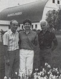 Ghislaine Boulianne en compagnie de son époux Normand Paquet et beau-frère Bertrand.