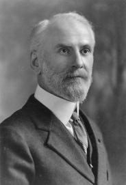 Pierre-Georges Roy, vers 1925