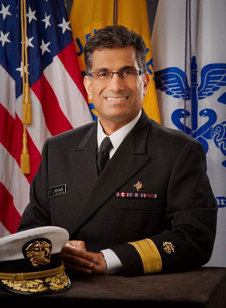 Le contre-amiral Ali S. Khan